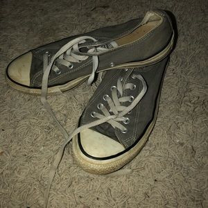 Converse Low Top Grey